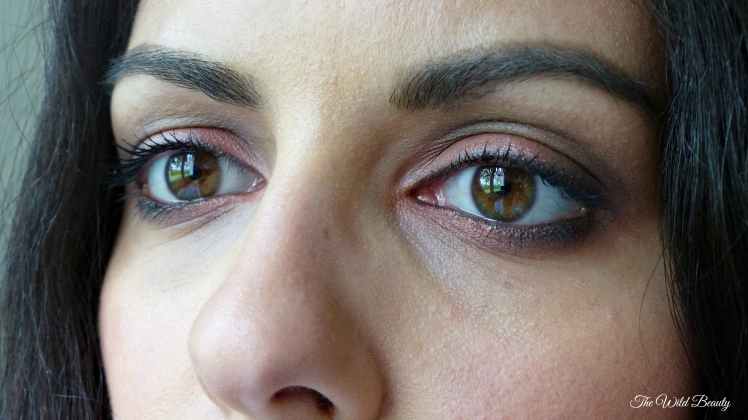 maquillage amérindienne ocre rouge